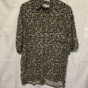 Pierre Cardin short sleeve button down shirt